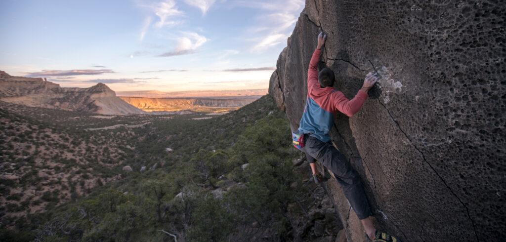 joes-valley-bouldering